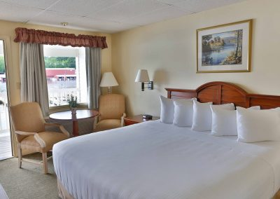 Guest room with king bed.